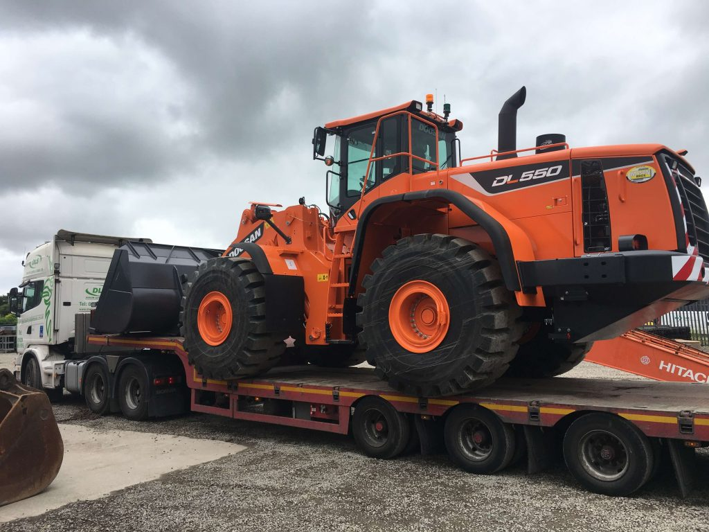 doosan dl550 loading shovel wales