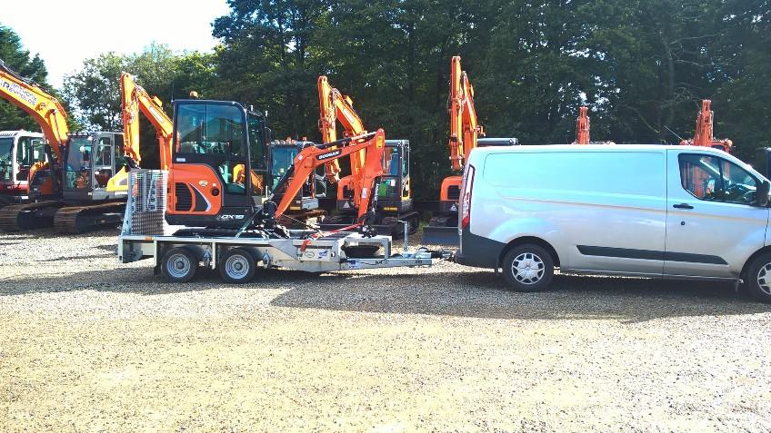 doosan dx19 mini excavator and ifor williams plant trailer