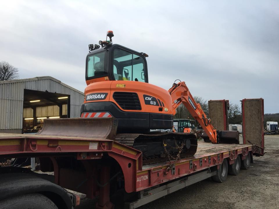 new doosan dx63-3 mini digger