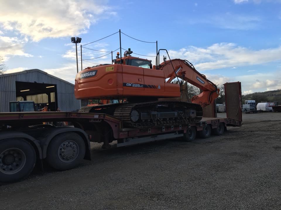 25 ton doosan excavator for rushacre quarry