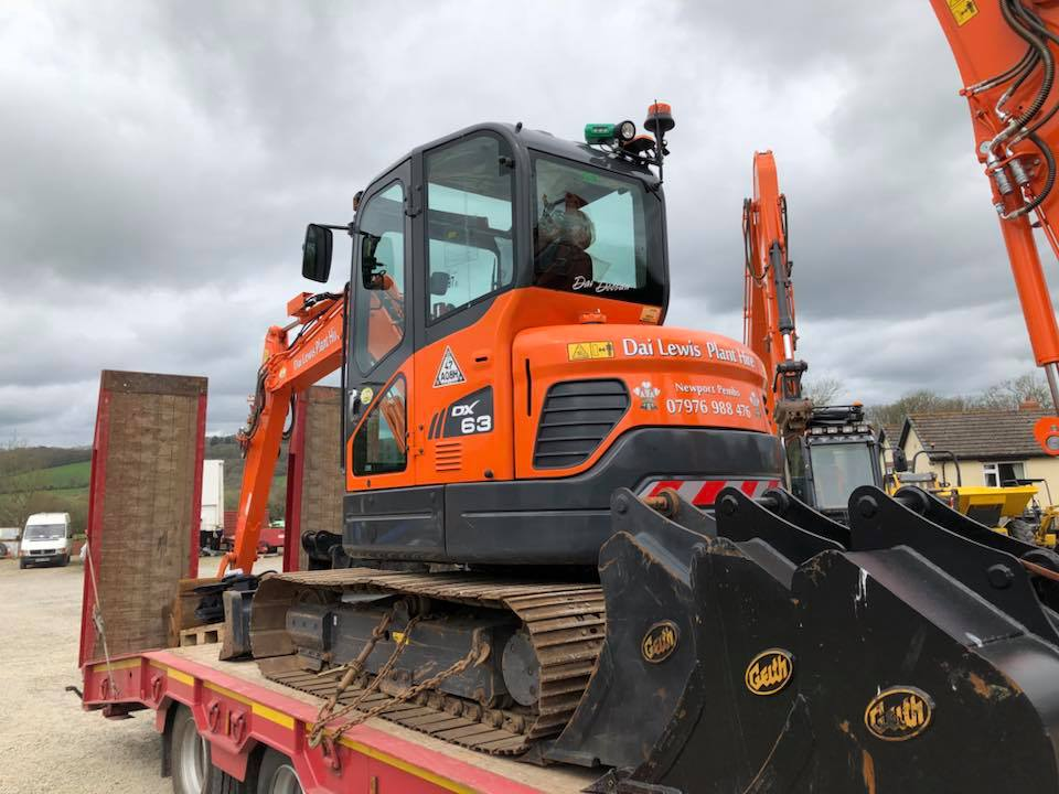 doosan dx63 excavator for dai lewis