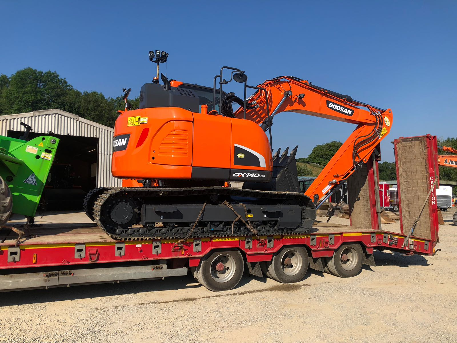 doosan dx140lc excavator sold to geraint davies
