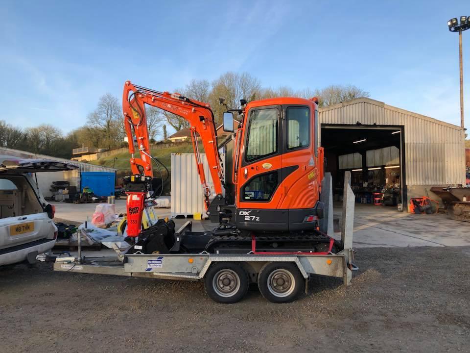 doosan dx27z mini excavator for a&m plant hire