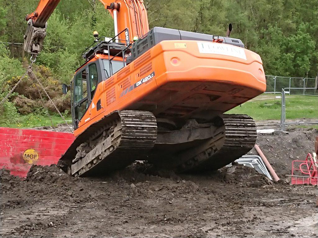 Doosan DX420 excavator