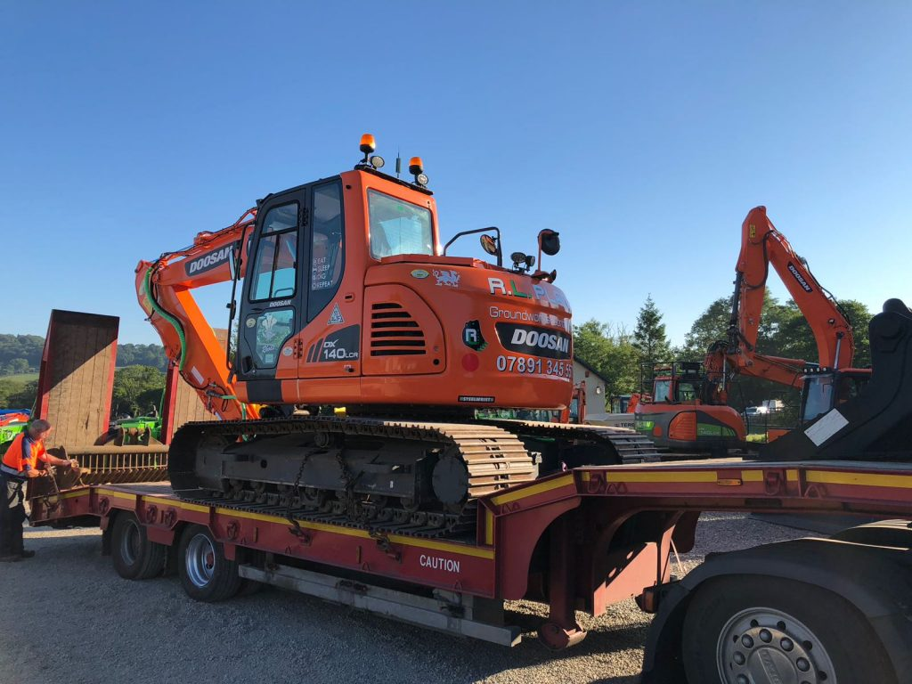 new doosan dx140 excavator with steelwrist