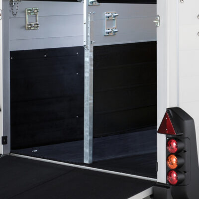 HBE Centre Partition and Interior Kickboard